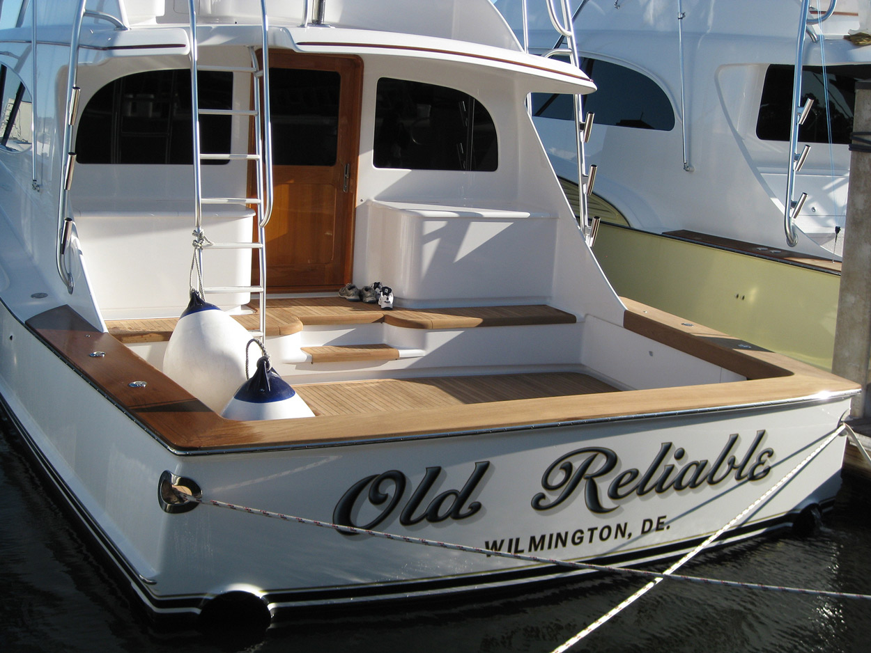 Old reliable winter custom yachts apex north carolina for Custom transom